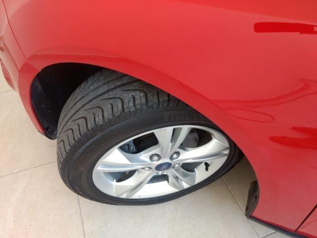 Ford focus novíssimo [ vendo ou troco] - Foto 6