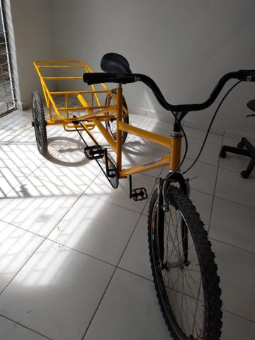 Bicicleta pra uso em diversos tipos de trabalhos