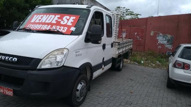 Vendo caminhão Iveco c55/17 12/13 cabine dupla com ar - Foto 3