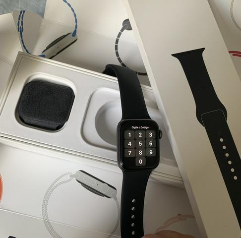 Vendo Apple Watch série 4 40mm novíssimo - Foto 2