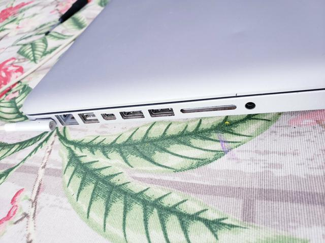 Macbook Pro 2010 core2duo - Foto 5