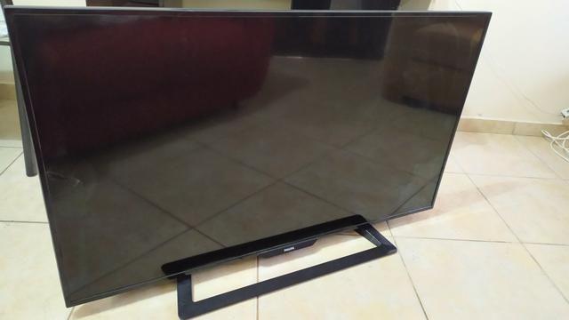 TV LED 48 Full HD Com tela trincada - Foto 3