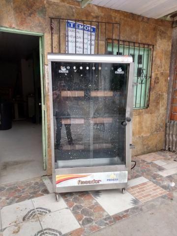 Vendo uma máquina de assar frango, mini fogão industrial - Foto 2