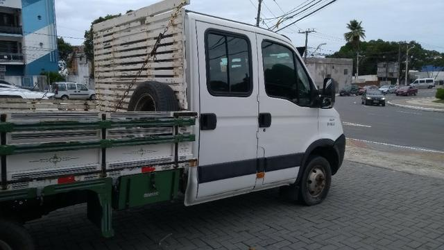 Vendo caminhão Iveco c55/17 12/13 cabine dupla com ar - Foto 9