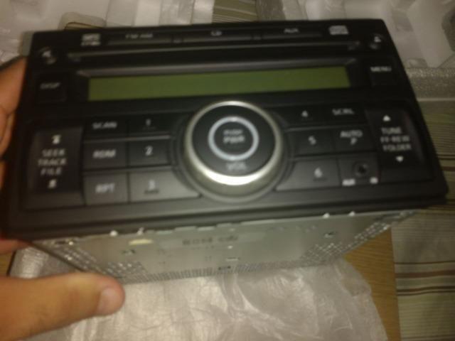 CD Player - Nissan - Original