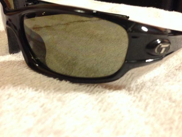 817f17e13c146 Óculos Escuros de Sol Tifosi Sports Polarized Original Cores ...