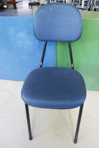 Cadeira de Escritório em Ferro / Tecido Azul