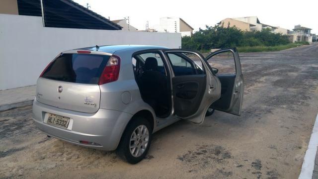 Fiat Punto ELX 1.4 2009/2010 Flex 8V, 5 portas, Cor prata - Foto 8