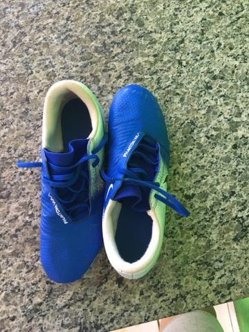 Chuteira Nike phantom venom trava - Foto 3