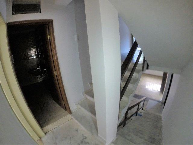 Alugo Casa Comercial / Residencial em Jucutuquara com 387m² e 5 quartos - R$ 5.000 - Foto 10