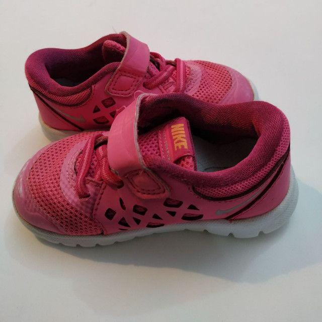 Nike infantil original tamanho 20 - Foto 2