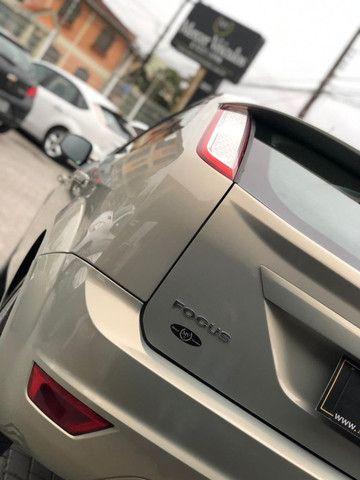 Ford Focus 2011 1.6 Manual - Foto 12