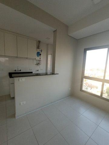 Apartamento 1 dormitório - 1 vaga - Edifício Columbia - São Francisco/Mercês - Foto 7
