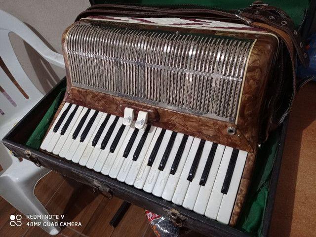 Vendo acordeon Mascarenhas - Foto 4