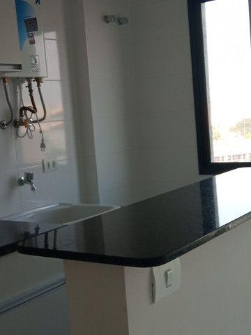 Apartamento 1 dormitório - 1 vaga - Edifício Columbia - São Francisco/Mercês - Foto 5
