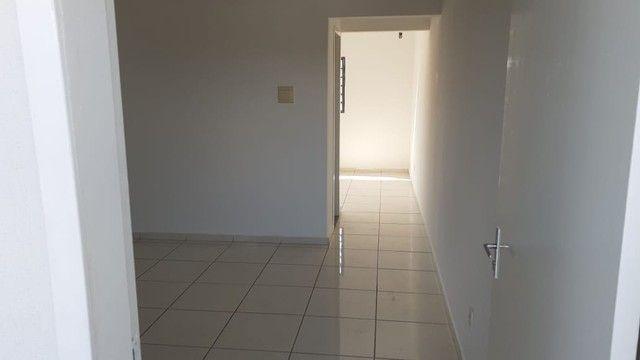 Edifício residencial para venda possui 600 metros quadrados com 14 Kitnets - Foto 11