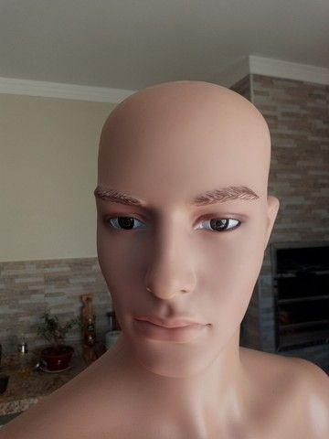 Manequim masculino de resina sem uso olho vidro - Foto 3