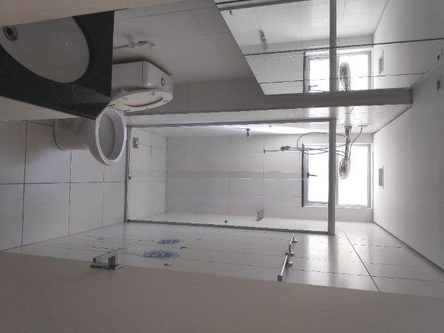 Apto Cobertura, suite e closed 3 quartos 3 banhos 2 salas área externa e 2 vagas cobertas - Foto 9
