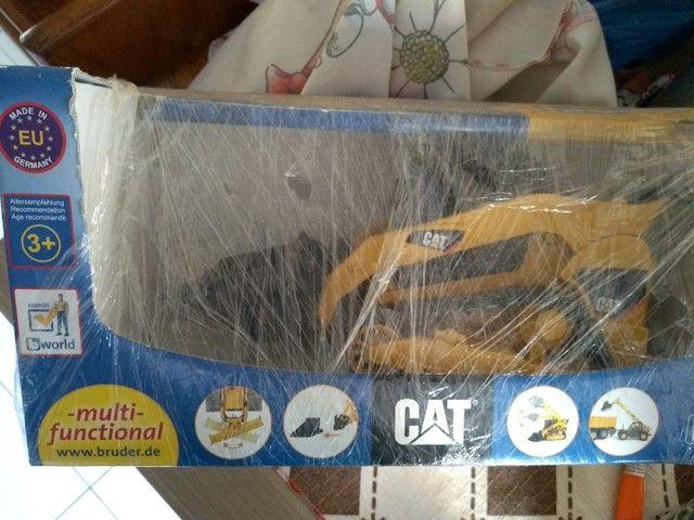 Vendo miniaturas Caterpillar.
