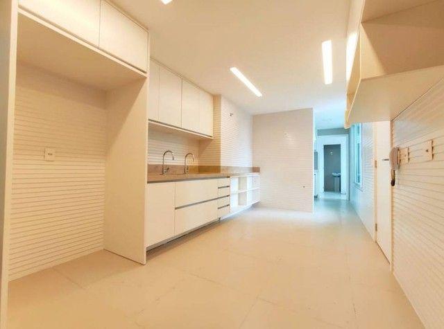 Apartamento de luxo a poucos passos da Av. Beira Mar. - Foto 8