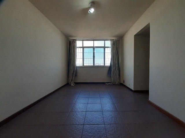 Apartamento ao lado do Complexo Naval Ponta da Armação 2 quartos - Foto 9