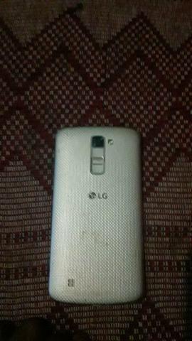 Vendo LG, K10 semi novo 16 GB.