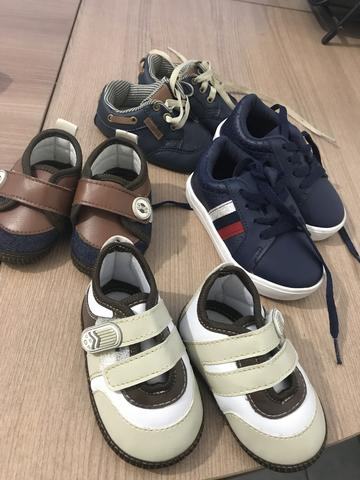 Sapatos de meninos