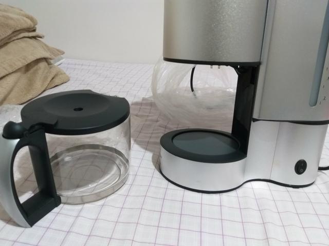 Cafeteira para até 10 xícaras, nunca foi usada - Foto 3