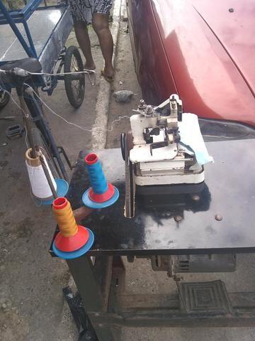 Vendo máquina de costura - Foto 3