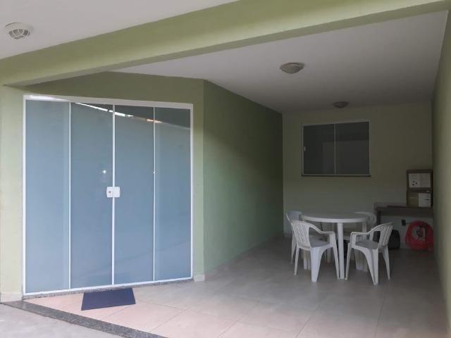 Excelente casa 03 qtos 02 banheiros garagem coberta Nilópolis RJ. Ac carta!