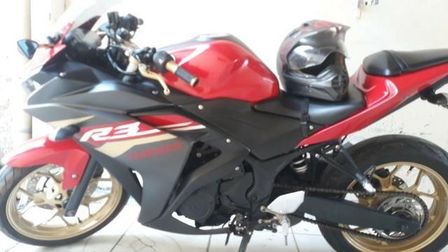 ''Moto Yamaha Yzf R-3 321 Cilindradas 2015/2016''