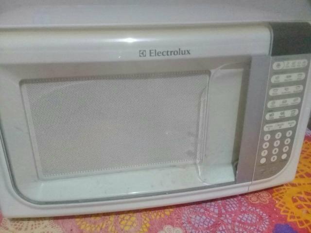 Micro-ondas Electrolux 31 lt