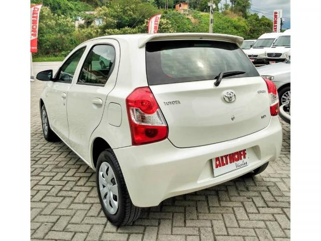 Toyota Etios 1.3 X 2016 - Foto 3