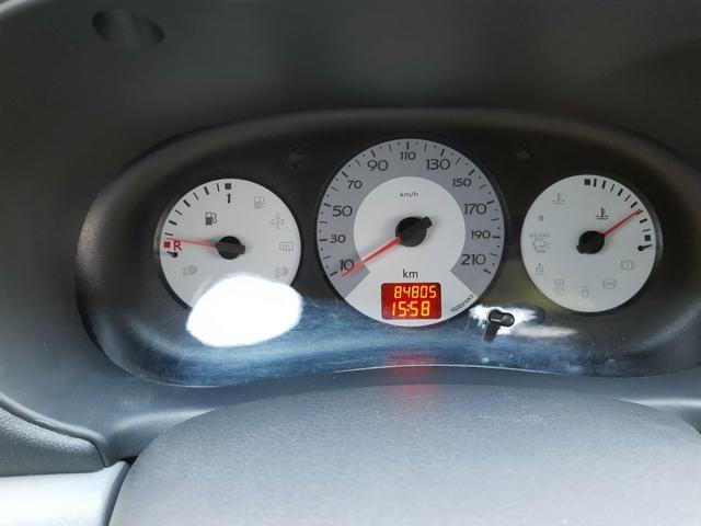 Renault clio 2011 apenas km 84.000 originais !! - Foto 12