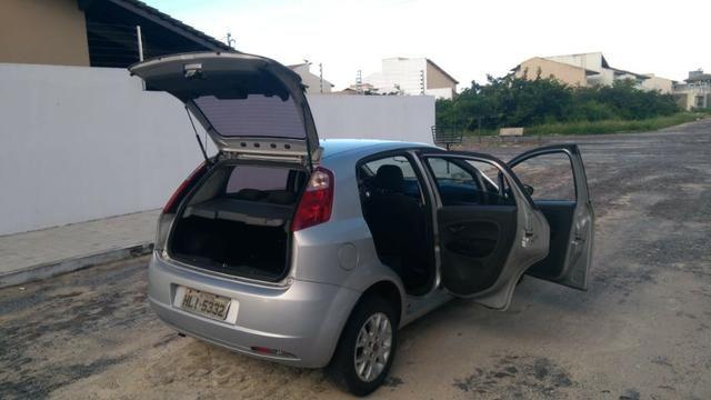Fiat Punto ELX 1.4 2009/2010 Flex 8V, 5 portas, Cor prata - Foto 5