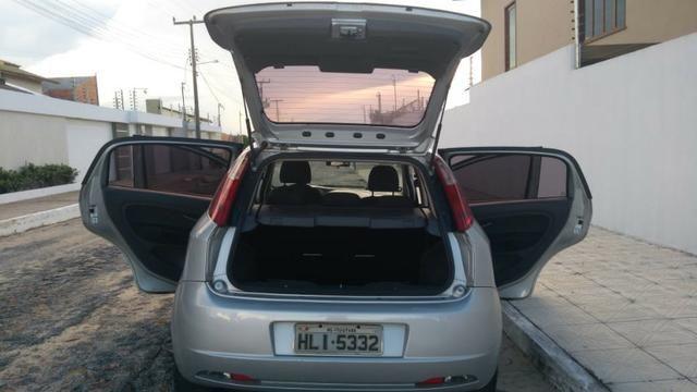 Fiat Punto ELX 1.4 2009/2010 Flex 8V, 5 portas, Cor prata - Foto 11