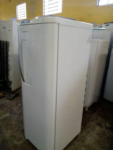 Eletrolux 370 litros 220, volts - Foto 5