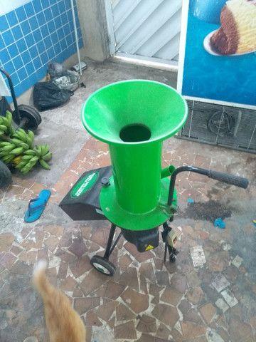 Triturador de galhos, troncos e resíduos - Foto 6