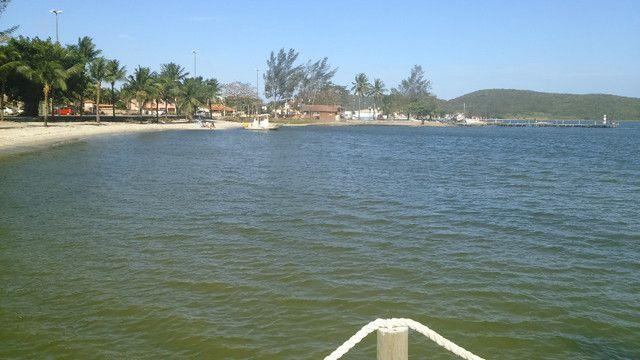 Excelente sítio com piscina, churrasqueira, campo de futebol, pomar há 3 minutos da lagoa