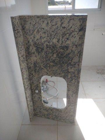 Pedra da pia de lavar louça e tanquinho - Foto 2