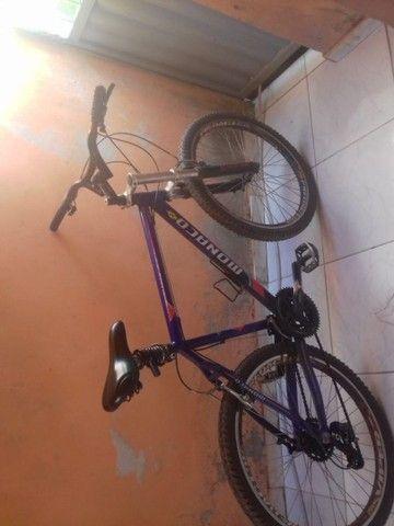 Vende se Bicicleta Mônaco