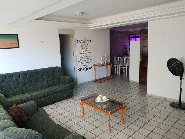 Ponta de Campina  - Vendo apartamento mobiliado! 200 metros do mar!  - Foto 3