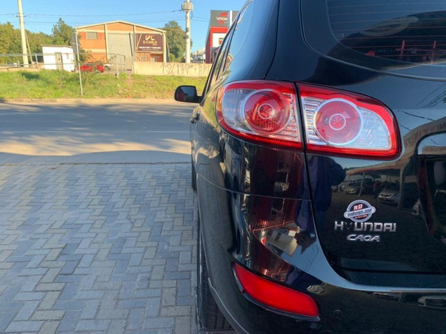Hyundai Santa Fe GLS 3.5 V6 4x4 Tiptronic 2011 Gasolina - Foto 11