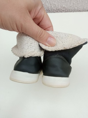 Bota infantil quentinha num 24 - Foto 3