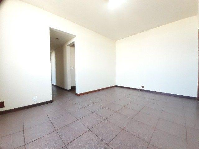 Apartamento ao lado do Complexo Naval Ponta da Armação 2 quartos - Foto 13