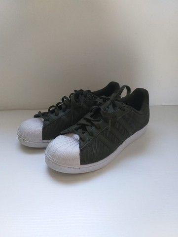 Tênis Superstar Adidas