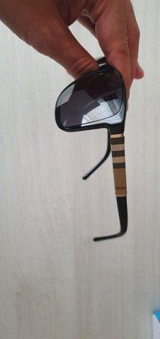Óculos de Sol Burberry Quadrado BE4181 Masculino - Preto - Foto 6