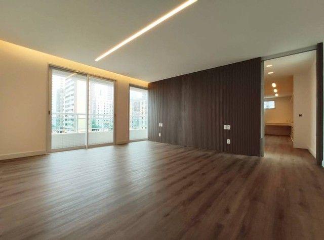 Apartamento de luxo a poucos passos da Av. Beira Mar. - Foto 17