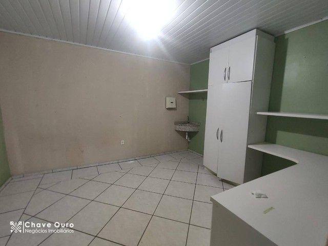 Casa para alugar, 266 m² por R$ 2.600,00/mês - Universitário - Cascavel/PR - Foto 8