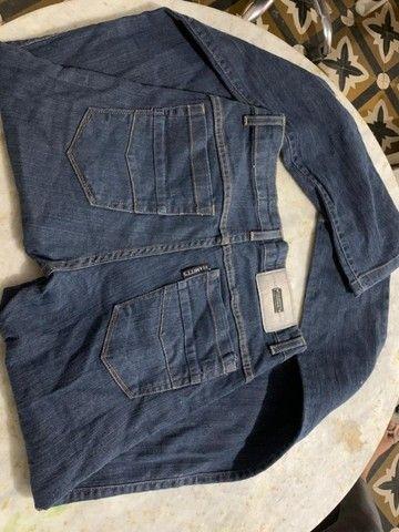 Calça Jeans Quase Nova - Foto 4